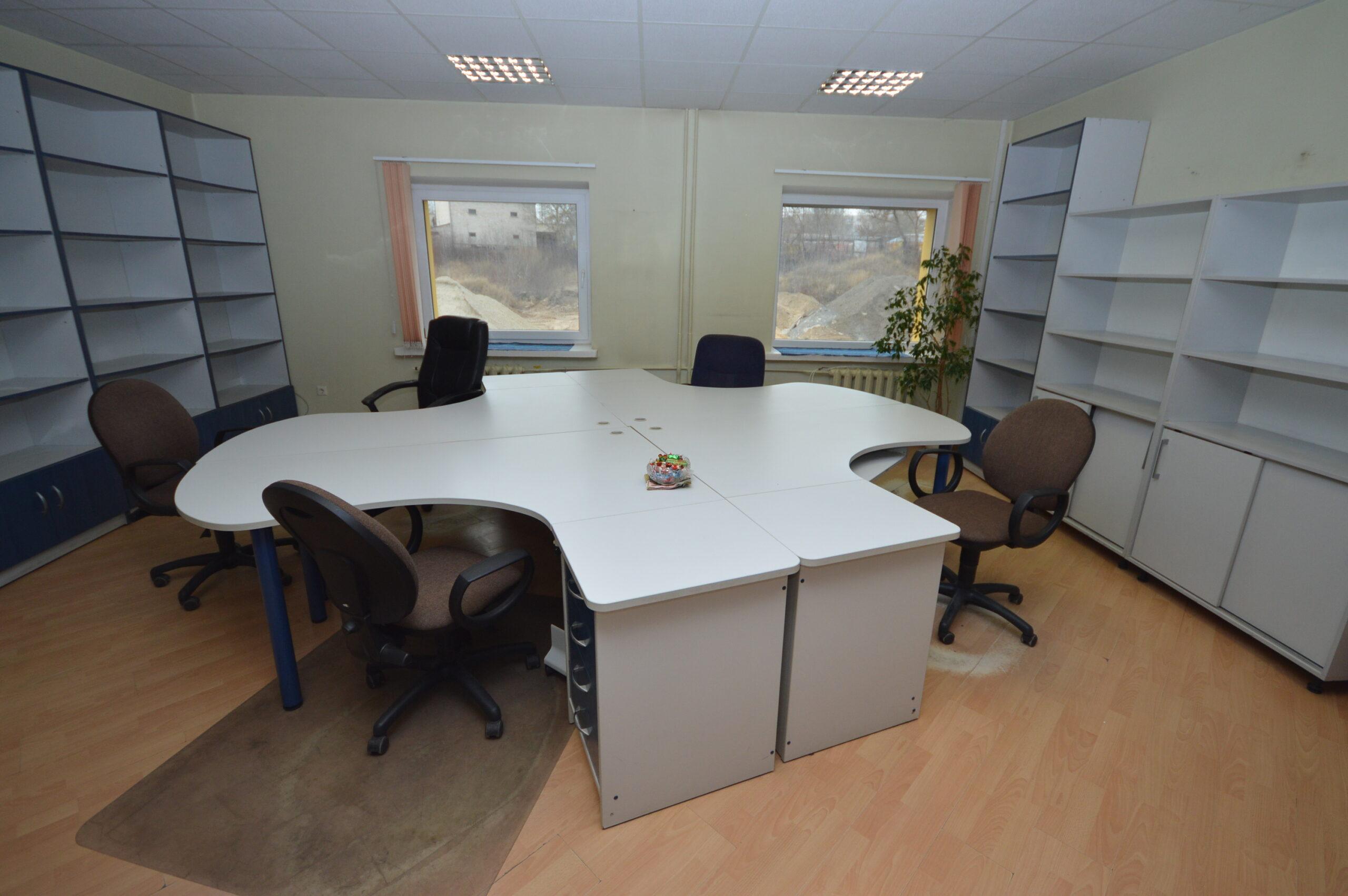 Išnuomojamos 40 kv. m biuro patalpos 2 aukšte