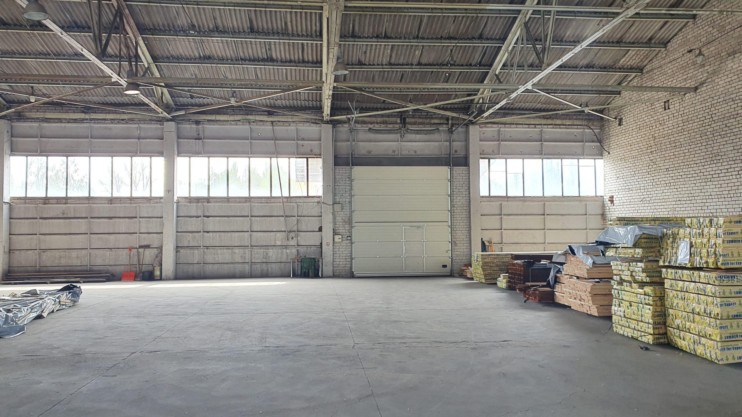 Parduodamos sandėliavimo, gamybos patalpos-1080 kv.m.
